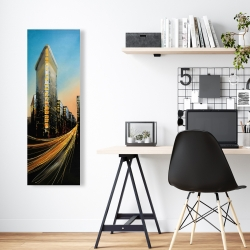 Canvas 16 x 48 - Flatiron building in light