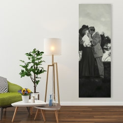 Canvas 20 x 60 - Vintage couple kissing