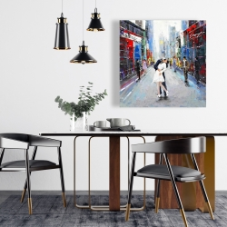 Canvas 24 x 24 - Couple kissing on the street