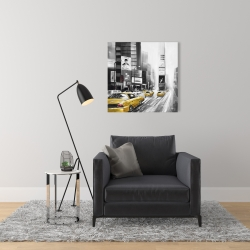 Canvas 24 x 24 - Traffic of yellow cars in a gray city