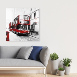 Canvas 36 x 36 - Red bus in a gray street