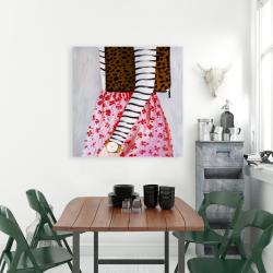 Toile 36 x 36 - Femme à la mode avec un sac léopard