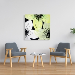 Canvas 36 x 36 - Yellow flower with burst center