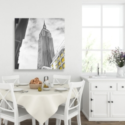 Canvas 36 x 36 - Outline of empire state building