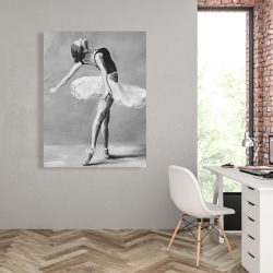 Canvas 36 x 48 - Classic ballet dancer