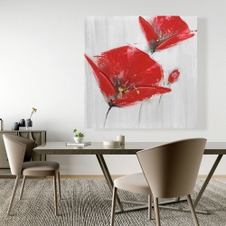 Canvas 48 x 48 - Three red flowers with golden center