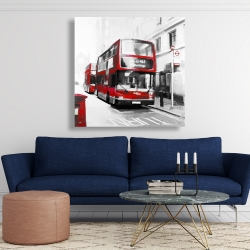 Canvas 48 x 48 - Red bus in a gray street