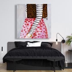 Toile 48 x 48 - Femme à la mode avec un sac léopard