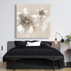 Canvas 48 x 48 - Two cream flowers