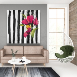 Canvas 48 x 48 - Flowers on black and white stripes