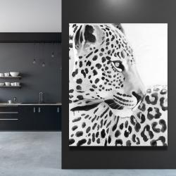Canvas 48 x 60 - Beautiful leopard