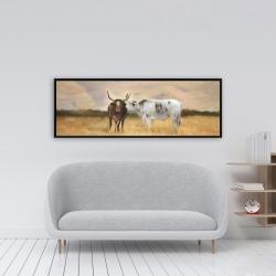 Encadré 16 x 48 - Deux vaches s'embrassant au couché du soleil