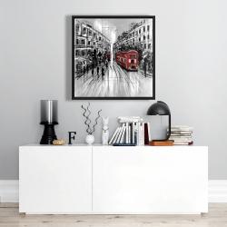 Encadré 24 x 24 - Rue en noir et blanc avec bus rouge