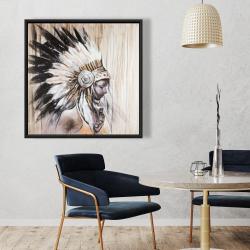Encadré 36 x 36 - Indienne avec une coiffe amérindienne