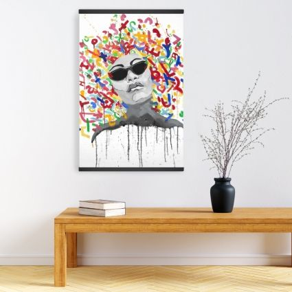 Woman street art pop