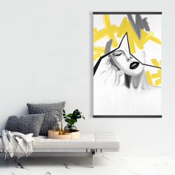 Magnetic 28 x 42 - Woman with yellow line