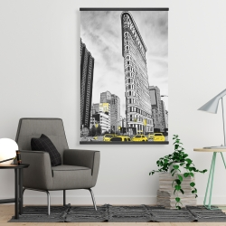 Magnetic 28 x 42 - Outline of flatiron building to new-york