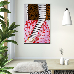 Magnetic 28 x 42 - Fashionable woman with a leopard bag