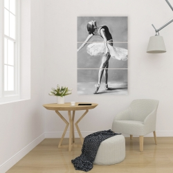 Canvas 24 x 36 - Classic ballet dancer