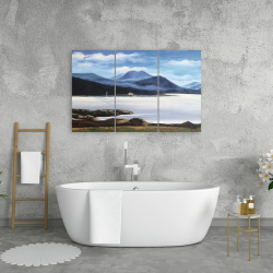 Canvas 24 x 36 - Scottish highlands by a beautiful day
