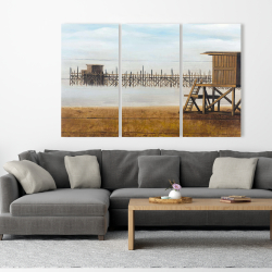 Canvas 40 x 60 - Lifeguard tower at the beach