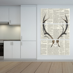 Canvas 40 x 60 - Deer horns with newspaper background
