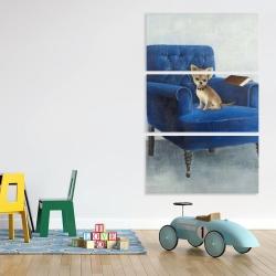 Canvas 40 x 60 - Chihuahua on a blue armchair