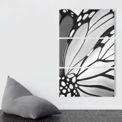 Canvas 40 x 60 - Monarch wings closeup