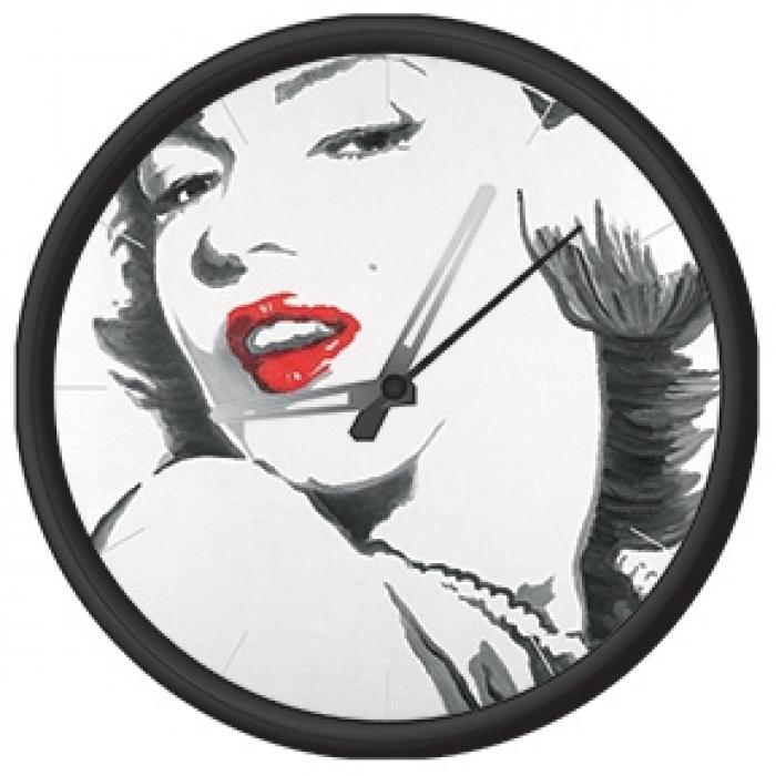Clock with marilyn monroe print