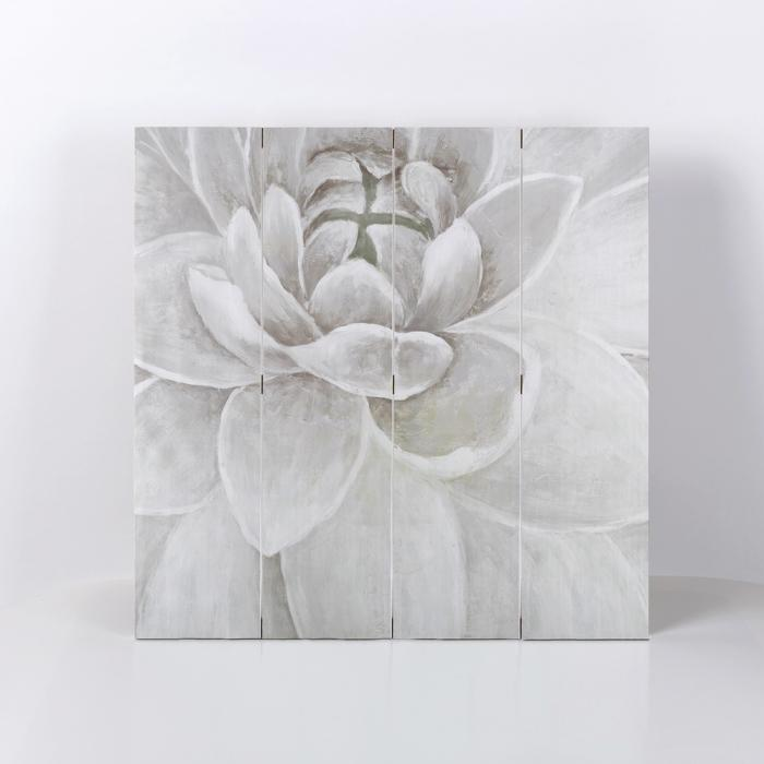 Delicate gray chrysanthemum