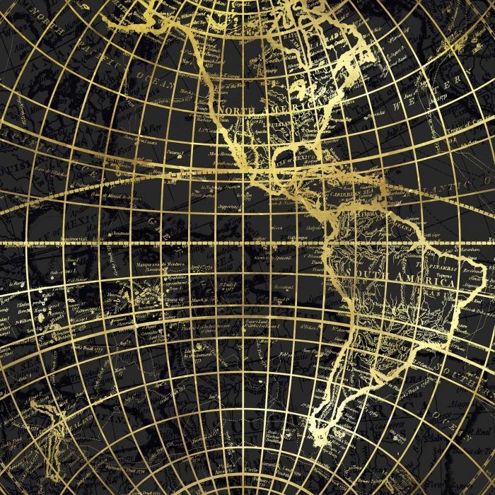 Globe terrestre doré et marine