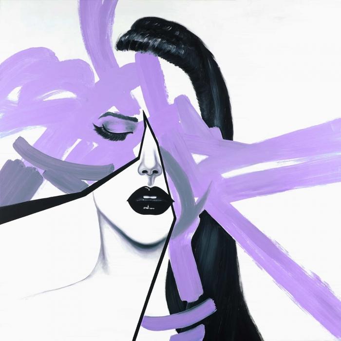 Portrait de femme mauve et abstrait