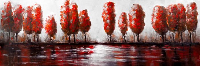 Arbres rouges au bord du lac