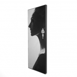 Framed 16 x 48 - 3D - Chic woman