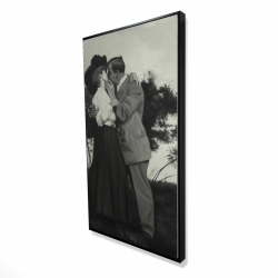 Framed 24 x 48 - 3D - Vintage couple kissing